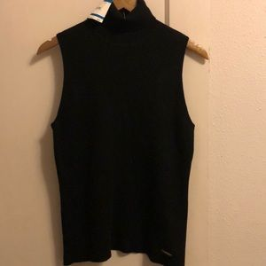 New! Anne Klein sleeveless fitted turtleneck